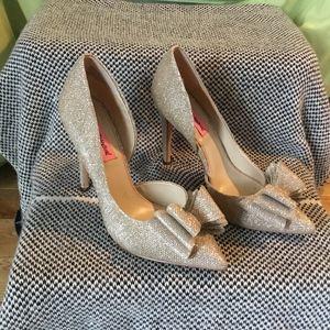 Betsy Johnson Gold Heels